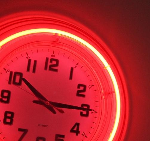 Retro Neon Clock