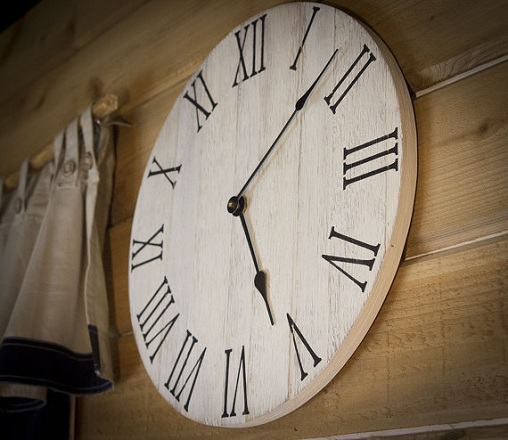 Rustic Clock for Kitchen