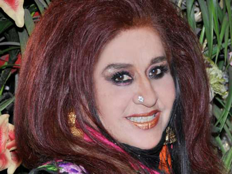 shahnaz husain tips for removing dark circles