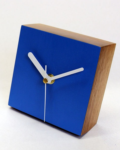 Solid Wood Square Shaped Decorative Desk Clocks