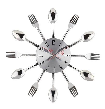 Spoon Musical Clock