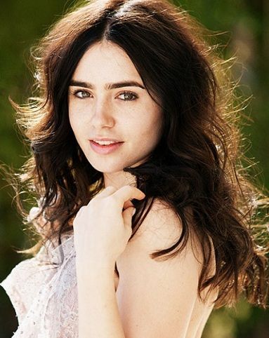 14 sensational pictures of lily collins with no makeup