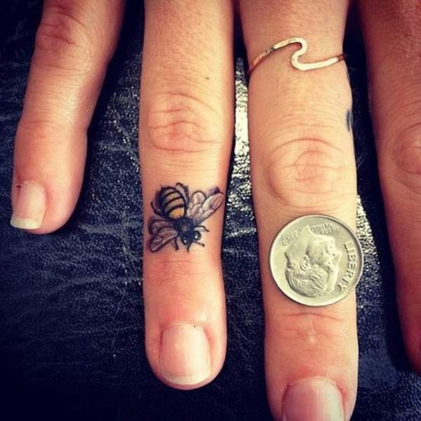 1a34538fb 9 Beautiful Bee Tattoo Designs | Styles At Life