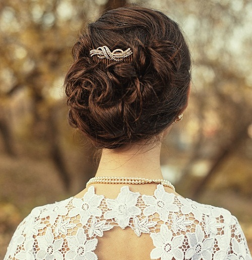 Indian Engagement Hairstyles 10