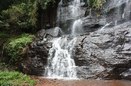 Jhari falls Or Buttermilk Falls