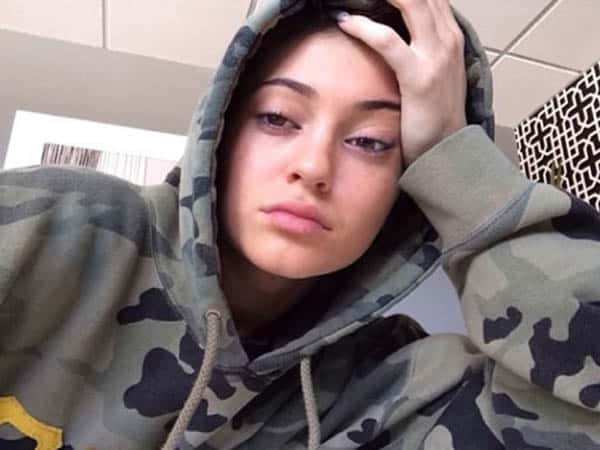 Kylie Jenner without Makeup 17