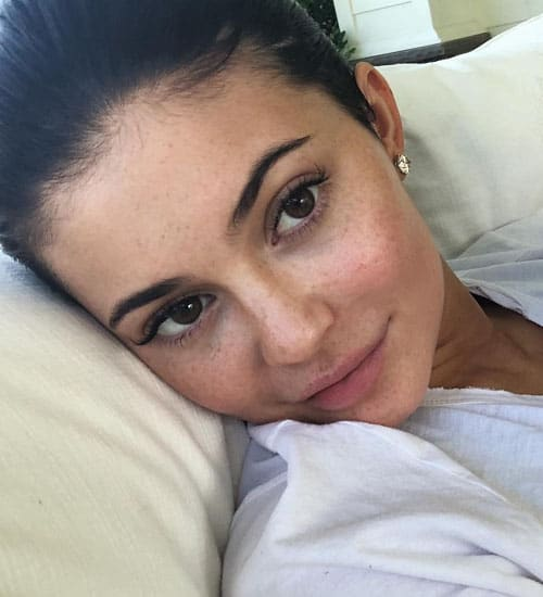 Kylie Jenner without Makeup 18
