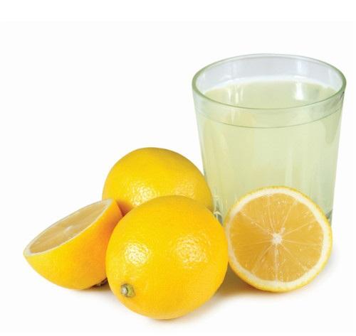 Lemon Juice to Prevent Neck Wrinkles