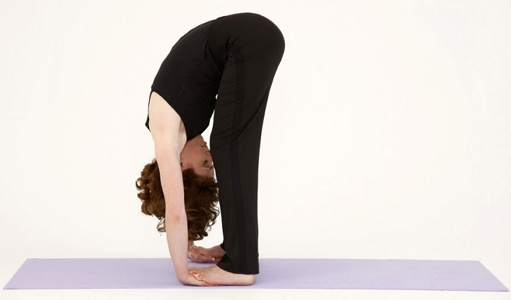 yoga poses to reduce breast size