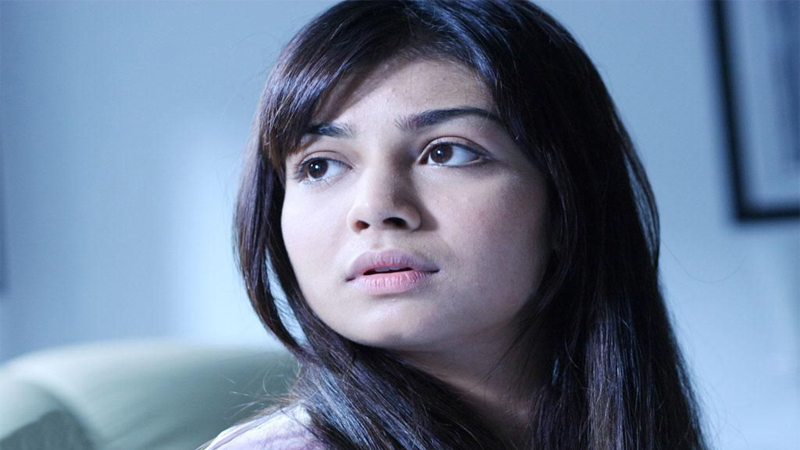 Ayesha Takia Without Makeup