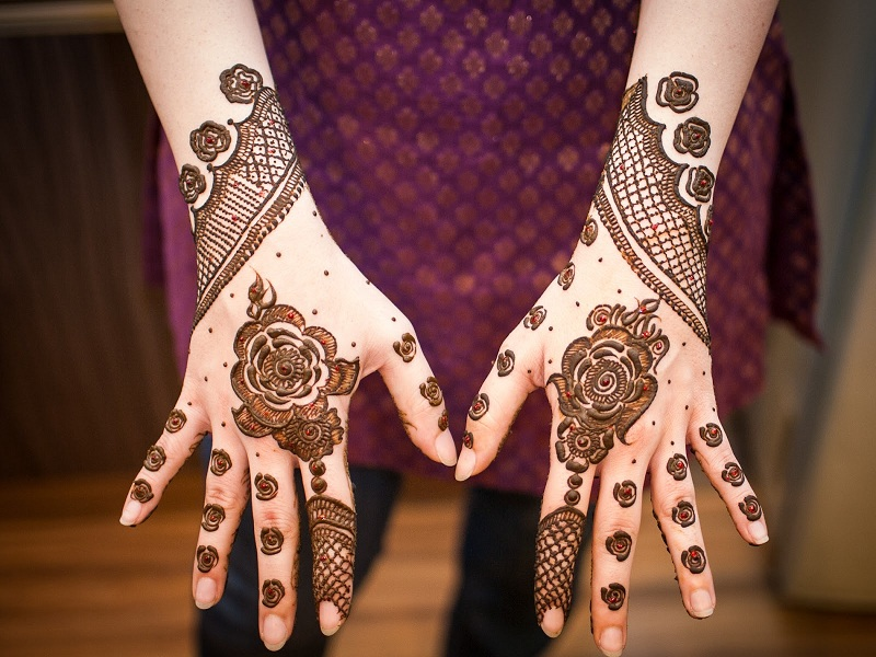 Summer Mehandi Designs