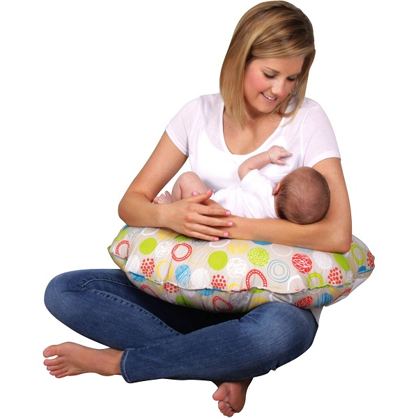 Best Nursing Pillows for Feeding Babies