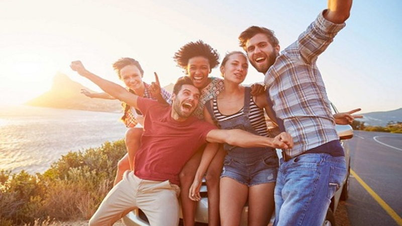 The Eight Kinds of Friends Everyone Has in Their Gang
