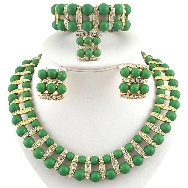 Gorgeous Green Pearls jewelry Designs