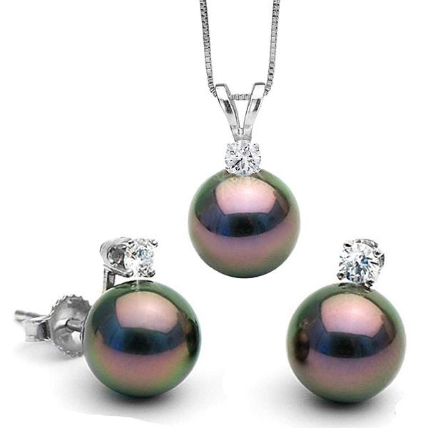 Stunning Tahitian Pearls