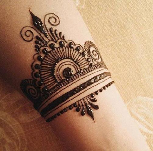 Mehendi Design for The Wrist