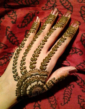 The Modern Leaf Mehndi