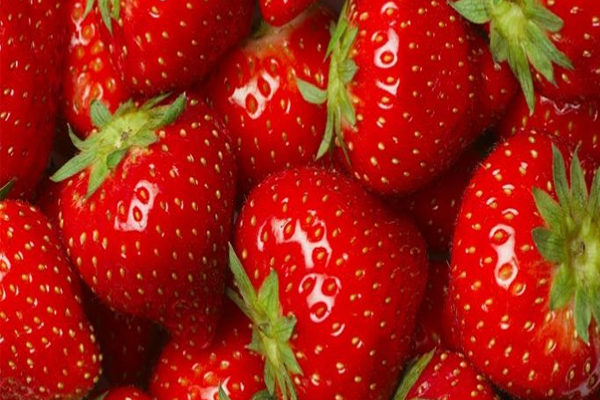 Strawberry Benefits for Skin, Hair, and Health