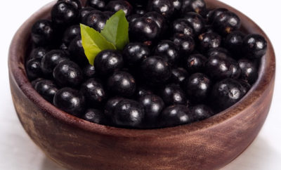 Best Benefits of Acai Berries (Karvandha) For Health, Skin and Hair