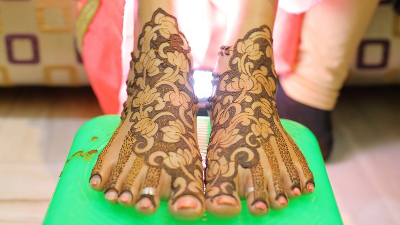 Foot mehendi designs