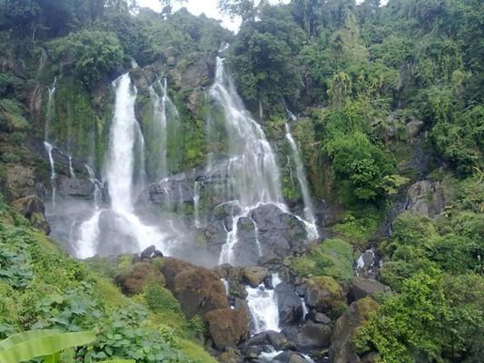 Bheloghat Waterfalls