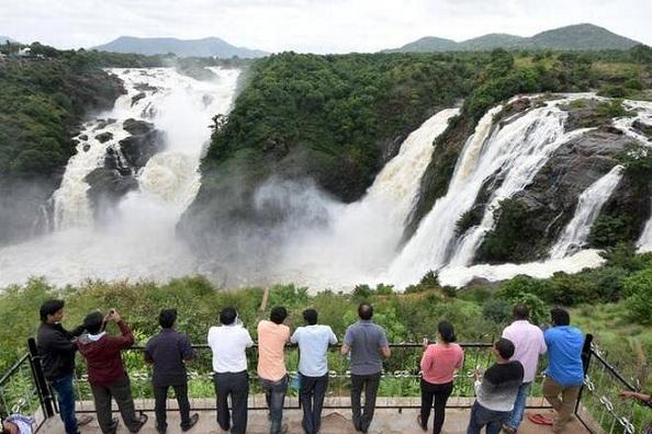 waterfalls in india14