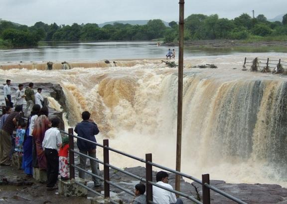 Someshwar Waterfall