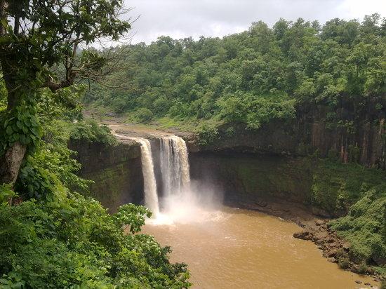 Waterfalls in Gujarat1