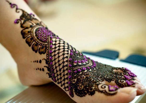 Beautiful Leg Mehndi Teej Festival