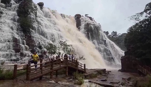 Waterfalls in Chhattisgarh2