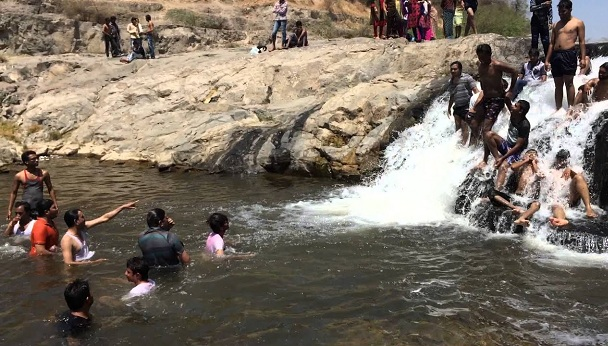 Waterfalls in Gujarat4