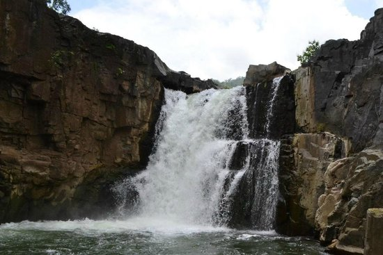 Waterfalls in Gujarat5