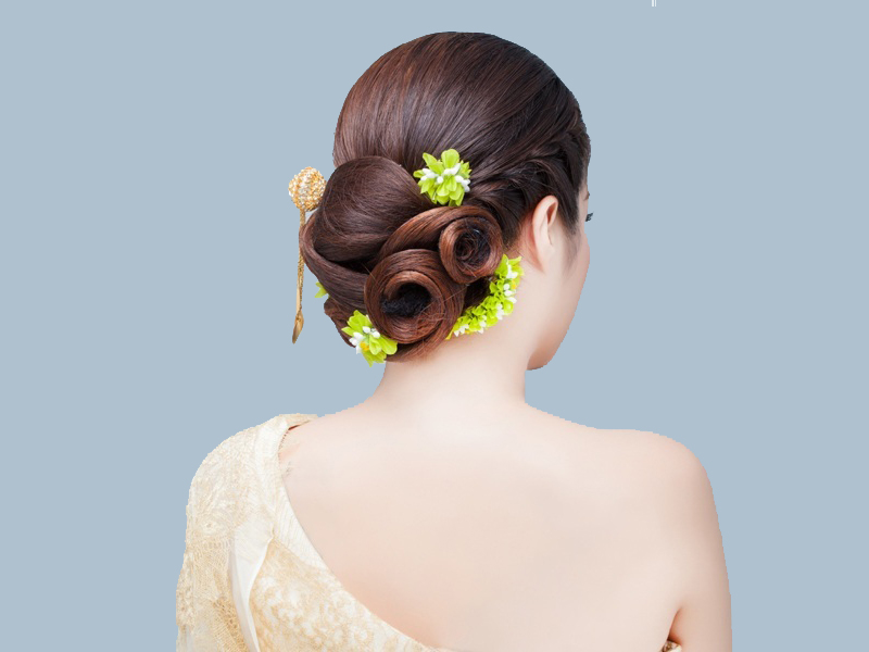 9 Easy And Cute Bun Hairstyles For Long Hair Styles At Life