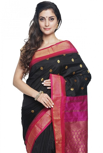 dbc2506673ebfe Traditional Designs of Kanchipuram Sarees To Rock This Wedding Season