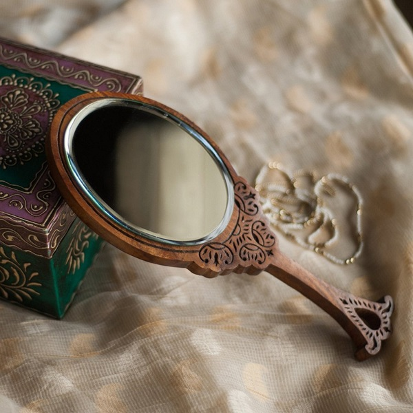 Latest hand mirror designs