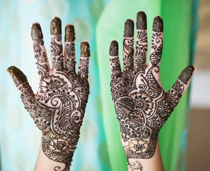 50 Simple and Attractive Mehndi Designs for Hands