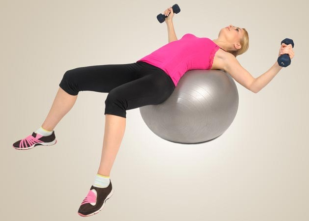 Dumbbell Press Exercise To Lift Breasts