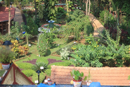 The Garca Branca Ayurvedic Botanical Garden, Loutolim