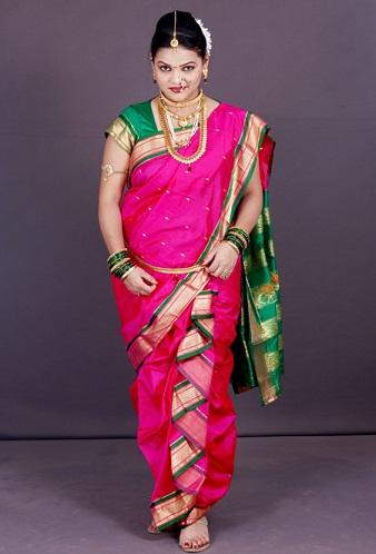 Dhoti Sarees