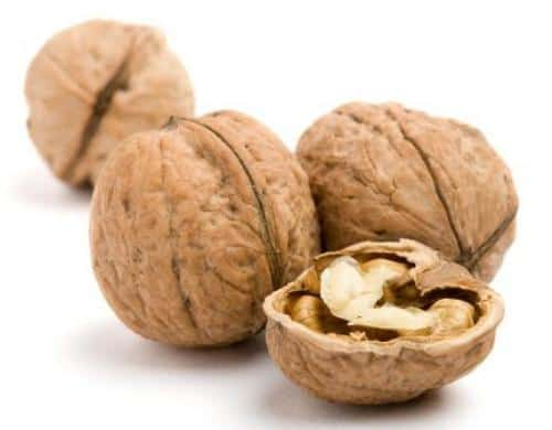 Home remedies for asthma: walnut