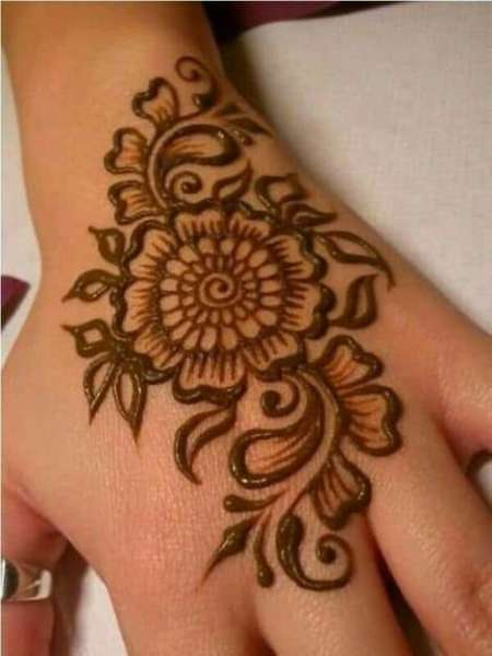 Big Flower Mehndi Design