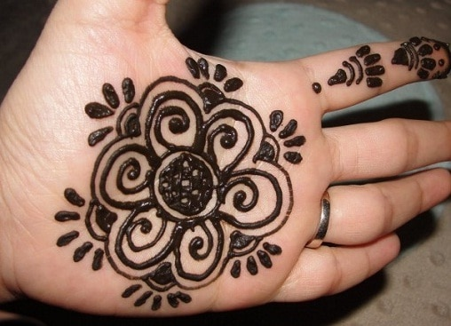 Simple Mehndi for Kids