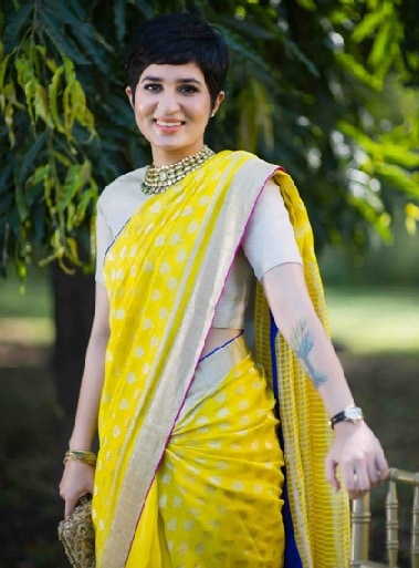 Classic Shorter Style for Saree