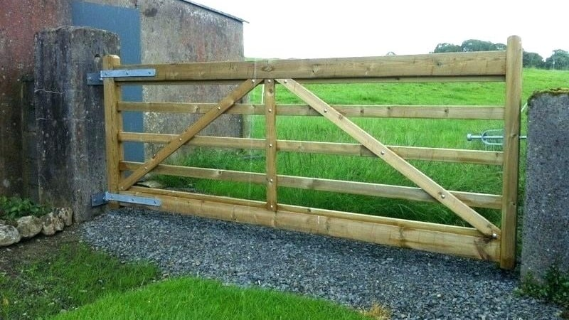 10 Best Farm Gate Designs With Pictures In India Styles At Life,Drawing Sacred Heart Of Jesus Tattoo Designs