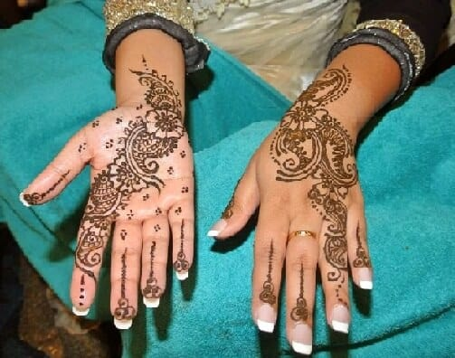 FRONT AND BACK HAND MEHNDI