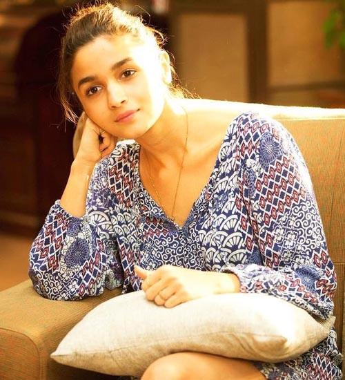 Alia Bhatt Without Makeup 1
