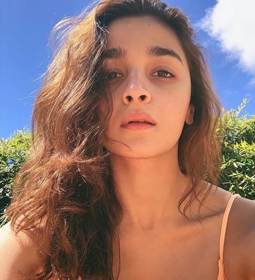 Alia Bhatt Without Makeup 10