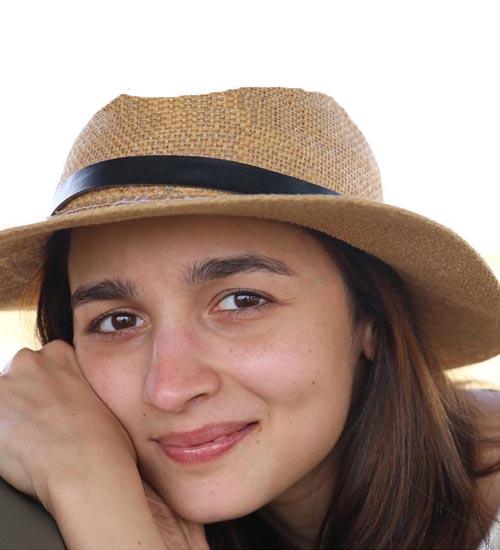 Alia Bhatt Without Makeup 13