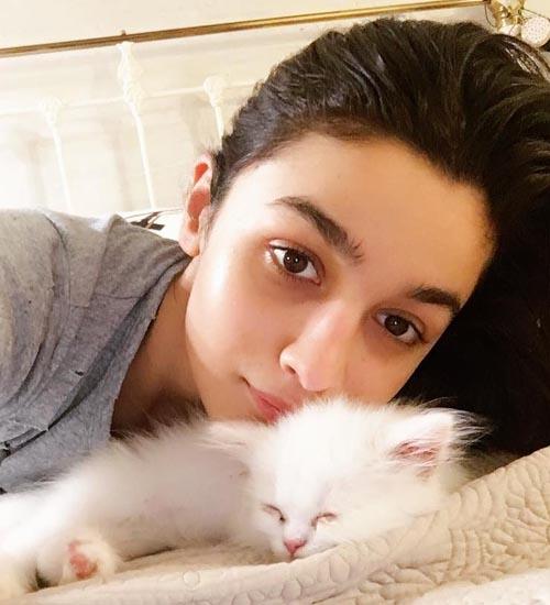 Alia Bhatt Without Makeup 4