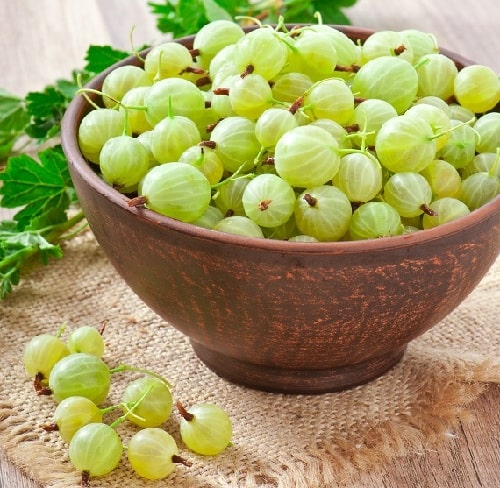 Amla Benefits For Skin, Hair & Health